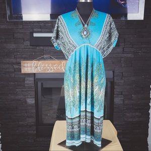 Dresses & Skirts - Beautiful Teal Dress
